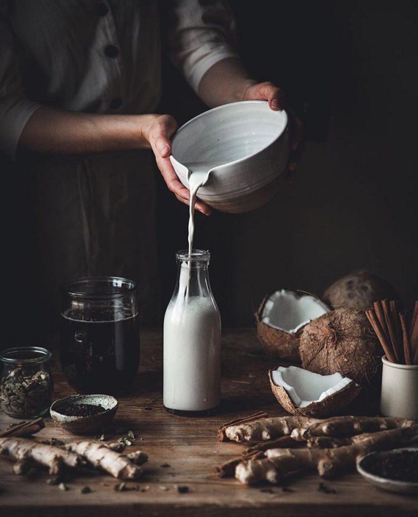 Top 7 Coconut Milk Benefits For You