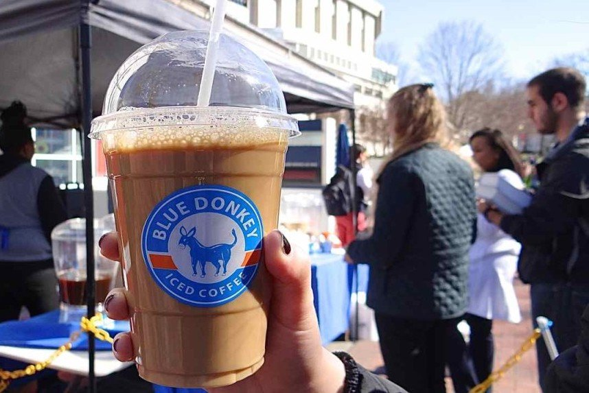 The Blue Donkey Coffee (Review & Buying Guide)