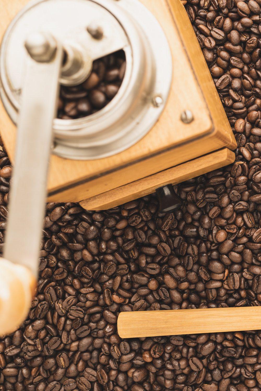 Best Coffee Grinder Under 200